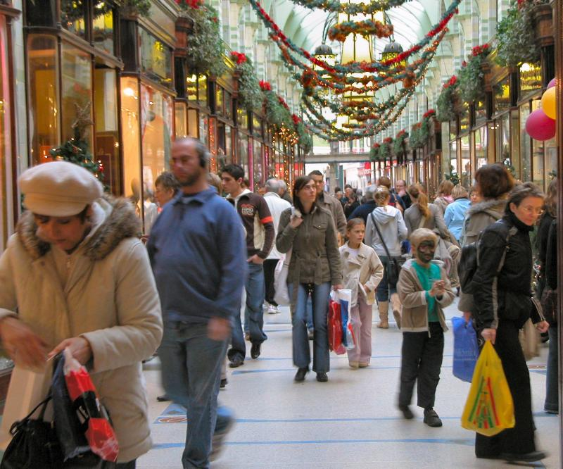 Our Second Annual Christmas Shopping Strategies Blog Hold Up I