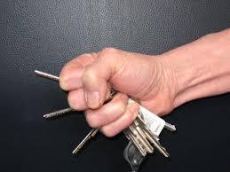keysbetweenfingers